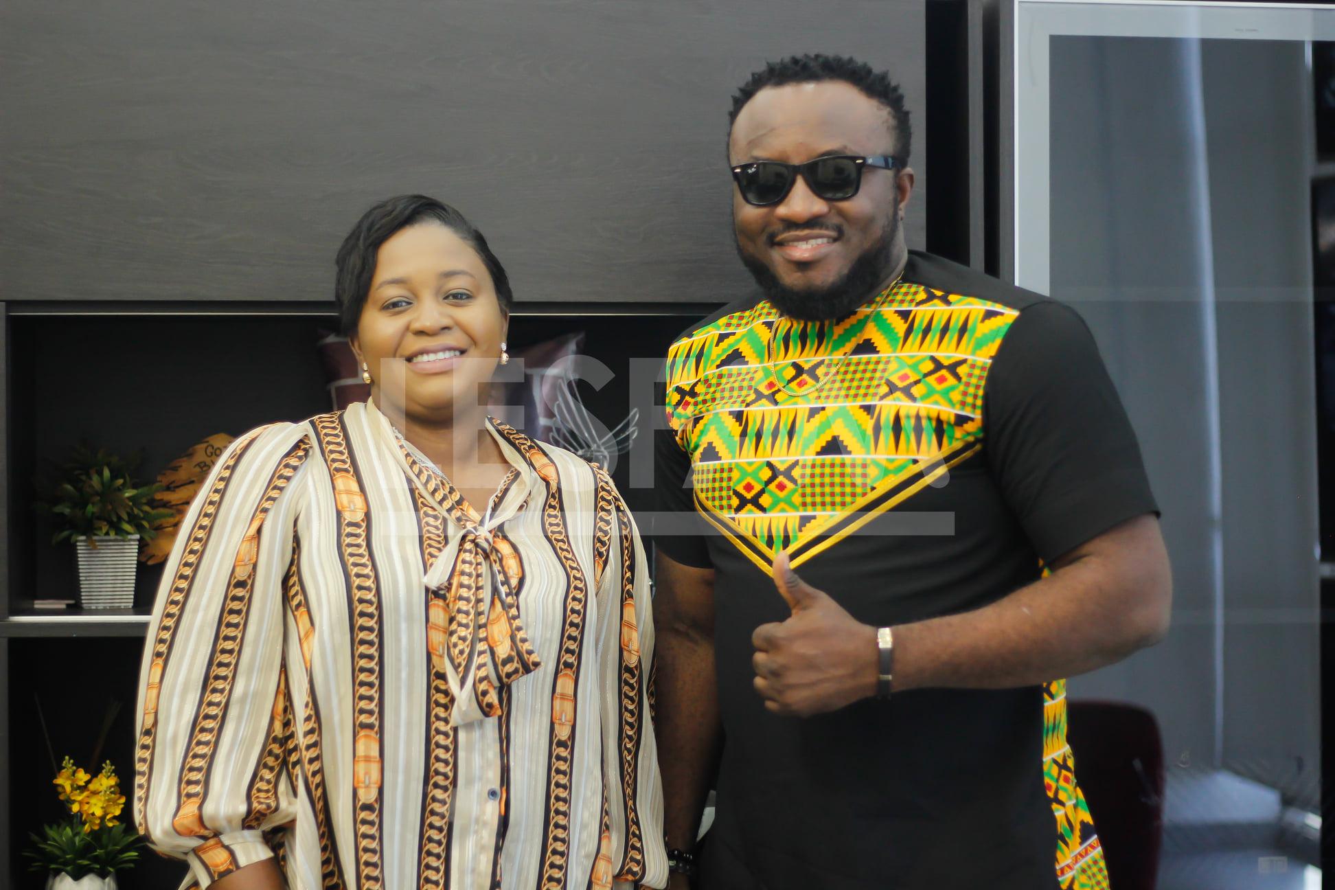COMEDIAN DKB TOURS WORLD-CLASS, ULTRA-MODERN WAREHOUSE IN GHANA